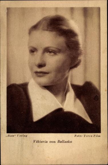 Ak Schauspielerin Viktoria von Ballasko, Portrait, Ross Verlag 0