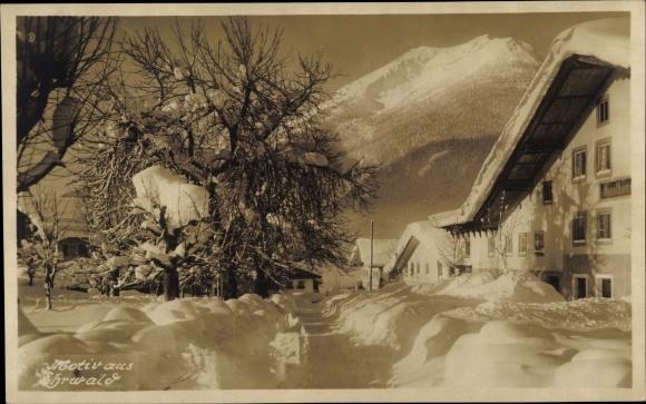 Foto Ak Ehrwald in Tirol, Ortschaft im Winter 0