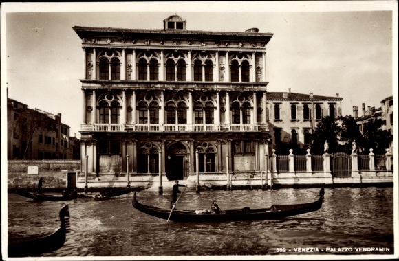 Ak Venezia Venedig Veneto, Palazzo Vendramin, Gondeln