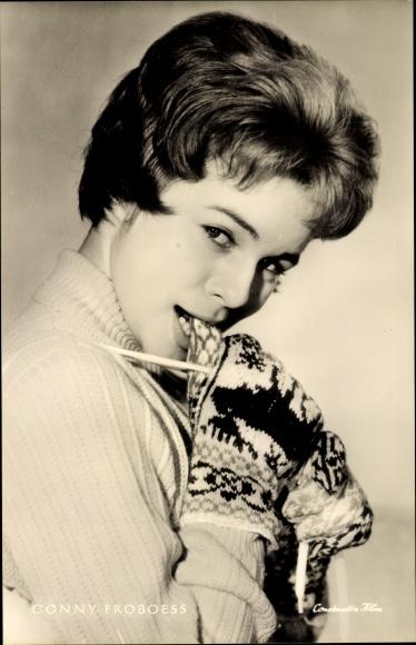 Ak Schauspielerin Conny Froboess, Portrait