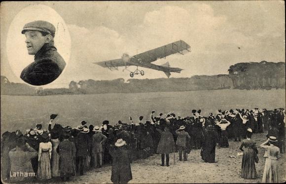 Ak Flugzeug auf dem Flugplatz, Zuschauer, Latham, Pilot