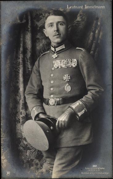 Ak Leutnant Max Immelmann, Portrait in Uniform, Adler von Lille, deutscher Jagdflieger, Pilot