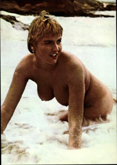 junge nackt strand