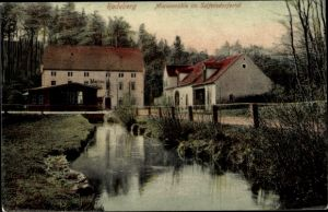 Ak Radeberg in Sachsen, Seifersdorfer Tal, Bachpartie, Marienmühle, Waldrand