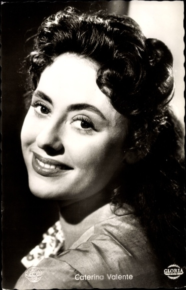 Ak Schauspielerin Caterina Valente, Portrait