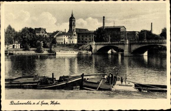 Ak Fürstenwalde an der Spree, Hafen, Brücke, Kirche