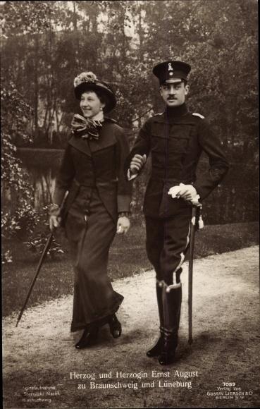 Ak Herzog Ernst August von Braunschweig Lüneburg, Husarenuniform, Victoria Luise, Liersch 7059