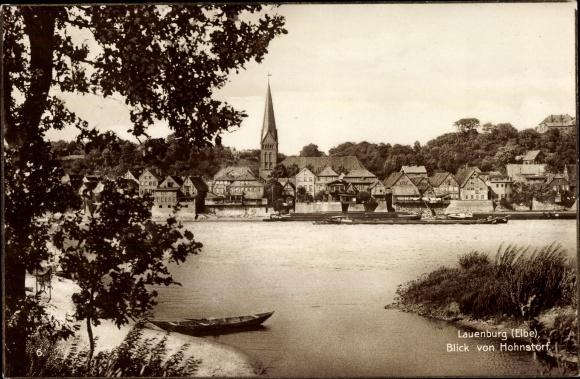 Ak Lauenburg an der Elbe, Blick von Hohnstorf, Kirche