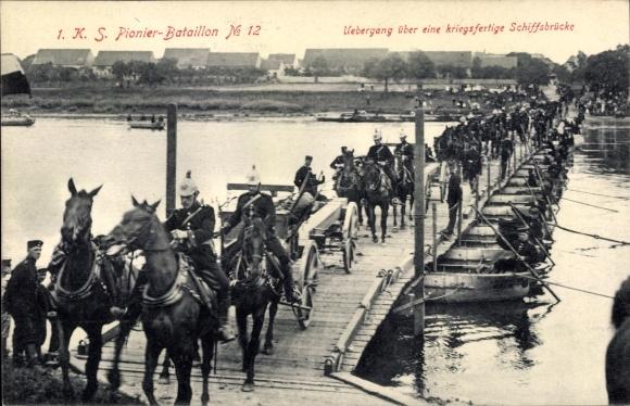 Ak 1. K. S. Pionier Bataillon No. 12, Übergang über eine kriegsfertige Schiffbrücke