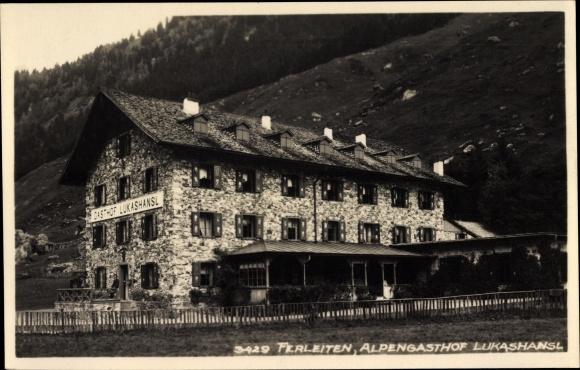 Foto Ak Ferleiten Fusch an der Großglocknerstraße in Salzburg, Alpengasthof Lukashansl