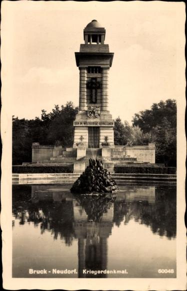Ak Bruckneudorf im Burgenland, Kriegerdenkmal