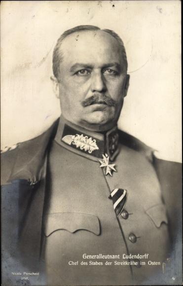 Ak General Erich Friedrich Wilhelm Ludendorff, Portrait, Uniform, Orden, Kragenspiegel