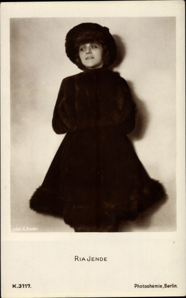 Ak Schauspielerin Ria Jende, Portrait, Pelzmantel, Hut, PH K 3117