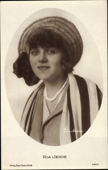 Ak Schauspielerin Ria Jende, Portrait, Perlenkette, Hut, Ross Verlag 295 1