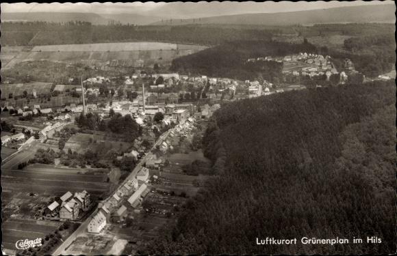 Ak Grünenplan Delligsen Niedersachsen, Fliegeraufnahme vom Ort 0