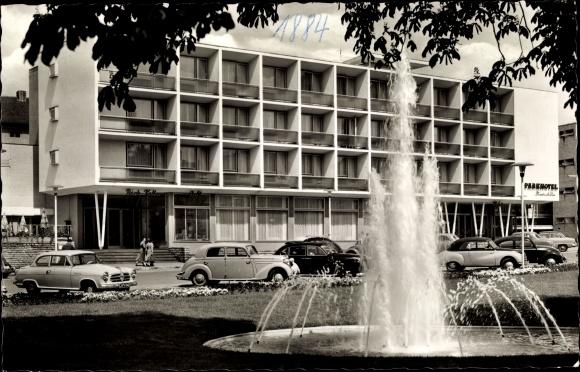 Ak Reutlingen in Baden Württemberg, Parkhotel Friedrich List und Fontäne