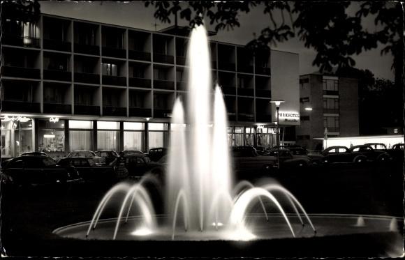 Ak Reutlingen in Baden Württemberg, Parkhotel Friedrich List, Nachtaufnahme