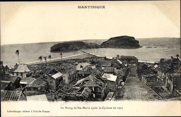 Ak Martinique, Le Bourg de Sainte Marie après le Cyclone de 1903 0