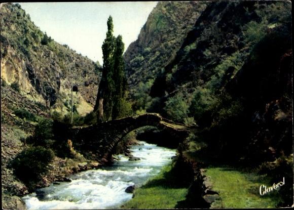 Ak La Massana Andorra, Pont Romain de Saint Antoine, paysage montagneux