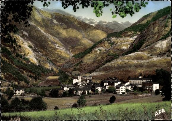 Ak Ordino Andorra, Vue générale du village, paysage montagneux