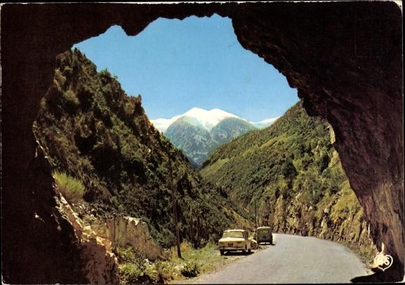 Ak Andorra, Tunnel sur la route de la Massana, voitures garées 0