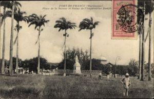 Ak Fort de France Martinique, Place de la Savane et Statue de l'Impératrice Joséphine