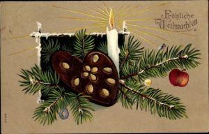 Präge Ak Frohe Weihnachten, Lebkuchen, Tannenzweig, Kerze