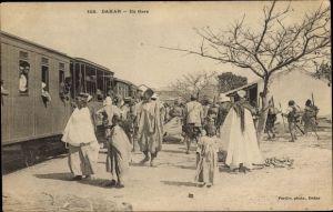 Ak Dakar Senegal, En Gare