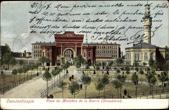 Ak Konstantinopel Istanbul Türkei, Place du Ministère de la Guerre, Séraskiérat