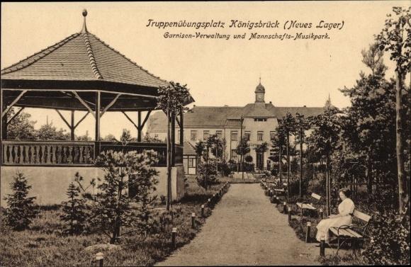 Ak Königsbrück in der Oberlausitz, Truppenübungsplatz, Garnison Verwaltung und Mannschafts Musikpark