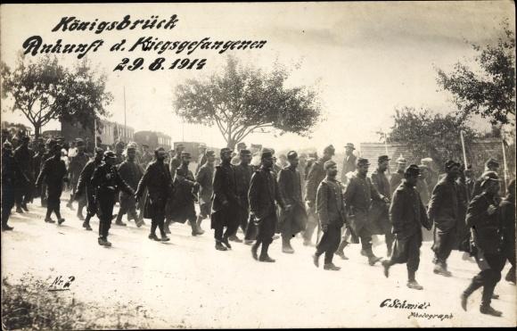 Ak Königsbrück in der Oberlausitz, Ankunft der Kriegsgefangenen am 29.08.1914