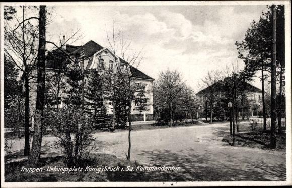 Ak Königsbrück in der Oberlausitz, Kommandantur, Truppenübungsplatz