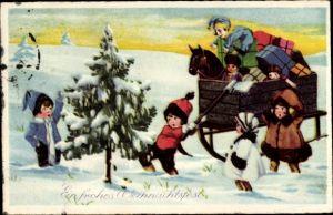Ak Frohe Weihnachten, Kinder fällen Tannenbaum, Schlitten, Geschenke