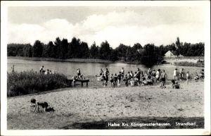 Ak Halbe im Kreis Dahme Spreewald, Strandbad, Badegäste