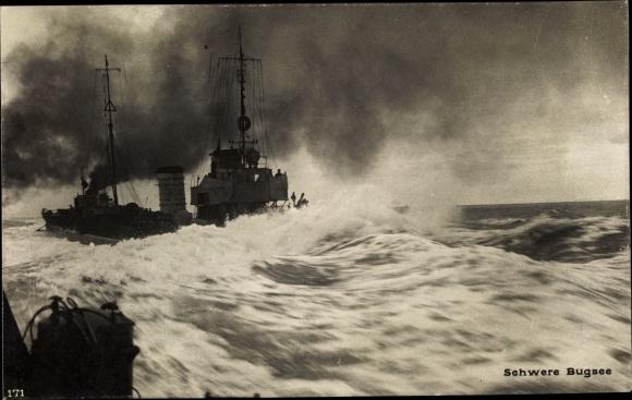 Ak Deutsche Kriegsschiffe, Schwere Bugsee