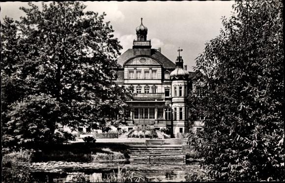 Ak Uebigau Uebigau Wahrenbrück Brandenburg, Schloss, Jugendherberge Neues Leben