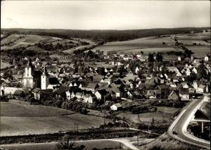 Ak Burghaun in Osthessen, Totalansicht vom Ort, Vogelschau, Kirche, Straße, Bahngleise