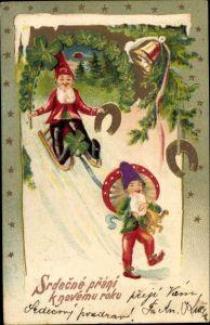 Präge Ak Glückwunsch Neujahr, Zwerge auf Schlitten, Fliegenpilz, Klee, Hufeisen, Glocke