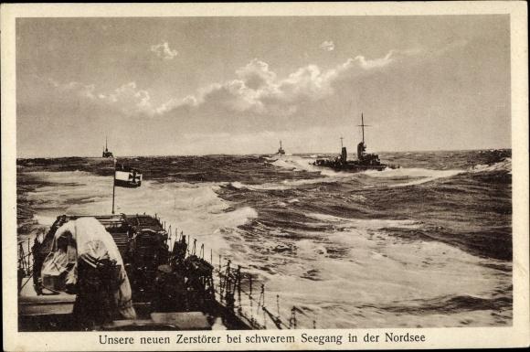 Ak Deutsche Kriegsschiffe, Neue Zerstörer bei schwere, Seegang in der Nordsee
