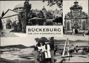 Ak Bückeburg Kreis Schaumburg Niedersachsen, Paar in Bückeburger Tracht, Freibad, Sprungturm, Kirche