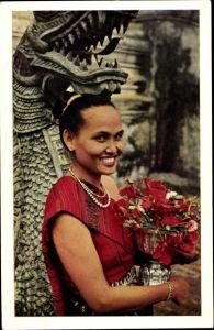 Ak Laos, Arrivee a la Pagode pour l'offrande de fleurs