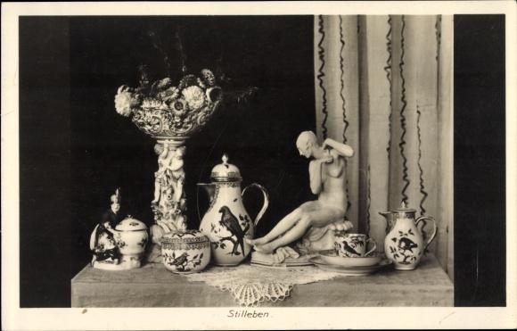 Ak Dresden, Stilleben, Kaffeeservice, Statue, Blumen