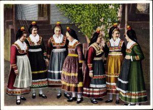 Ak Hessische Trachten, Hessenmädchen im Zwiegespräch