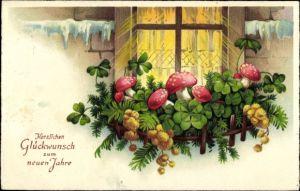 Ak Glückwunsch Neujahr, Kleeblätter am Fensterbrett, Glückspilze, Winter