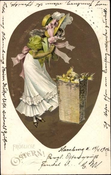 Präge Ak Glückwunsch Ostern, Henne mit Küken, Frau