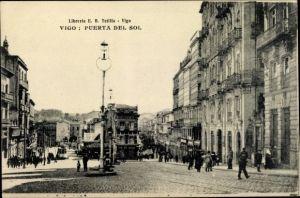 Ak Vigo Galicien Spanien, Puerta del Sol, Straßenpartie