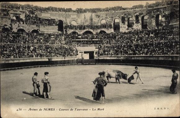 Ak Nîmes Gard, Courses de Taureaux, La Mort, Stierkampf
