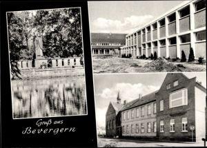Ak Bevergern Hörstel Tecklenburger Land Steinfurt in Nordrhein Westfalen, Schule, Kriegerdenkmal