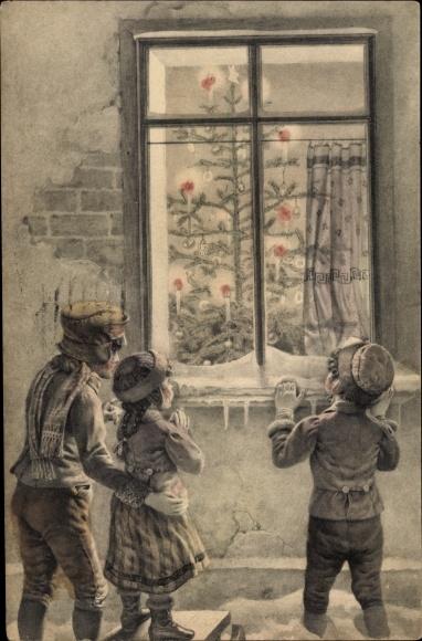 Künstler Ak Kinder betrachten Tannenbaum durchs Fenster