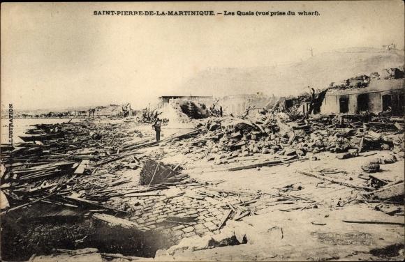 Ak St. Pierre Martinique, Ruinen nach Vulkanausbruch 1902, Les Quais